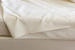 Coyuchi Organic Percale Sheets Review and August Giveaway