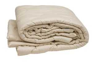 Sleep and Beyond Organic Merino Wool Comforter Review and October Giveaway!
