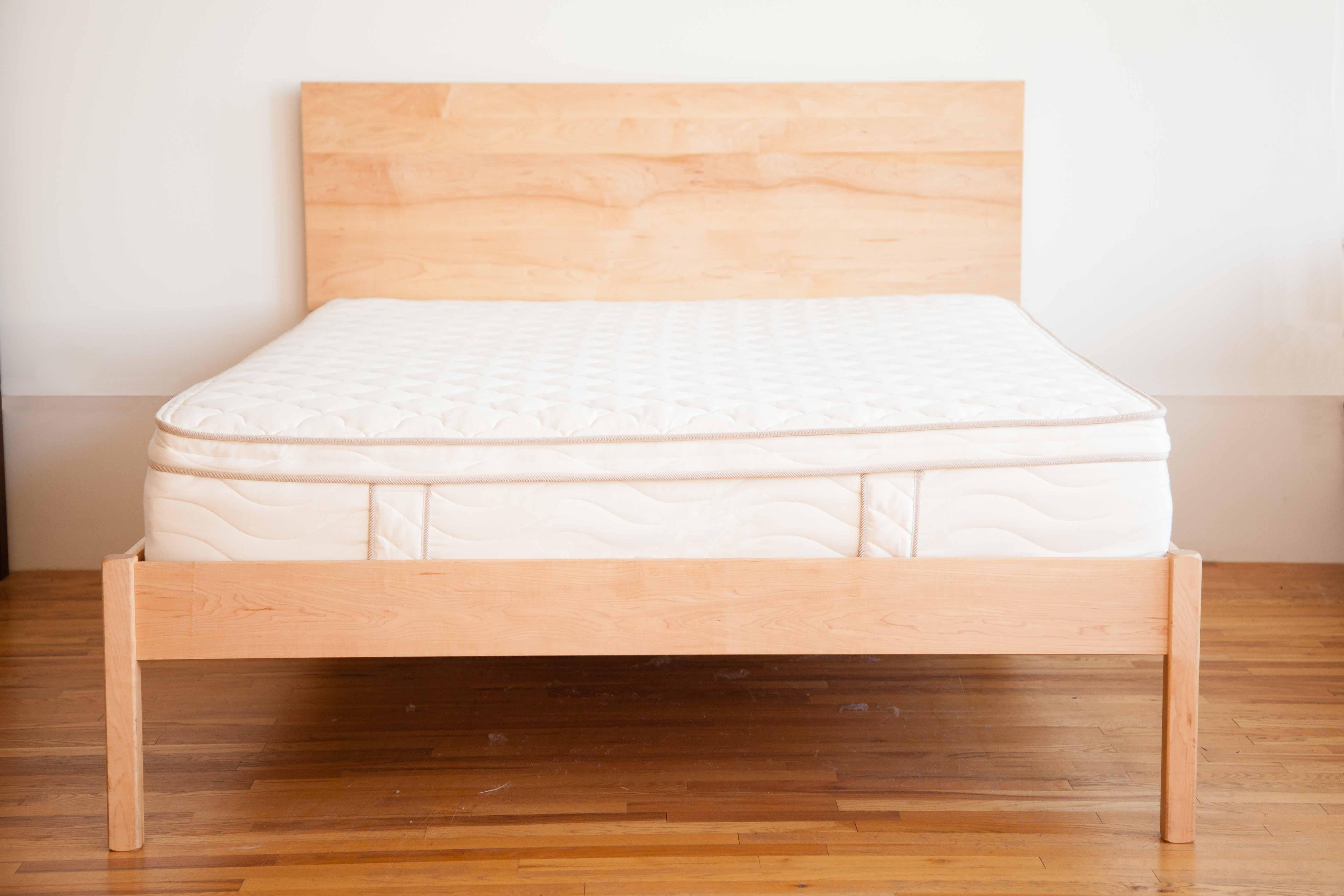 new product 357c6 224f1 Nomad Furniture Mesa Vista Bed
